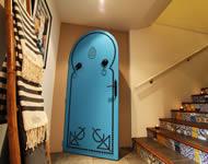 porte tunisienne bleue Hammam Biarritz