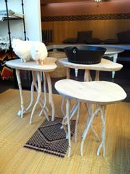 petites tables en vente au Hammam Biarritz