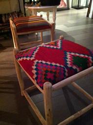tabourets, poufs et fauteuils en vente au Hammam Biarritz